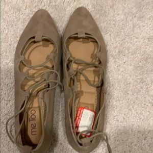 NWT Me Too Lace Up Flats